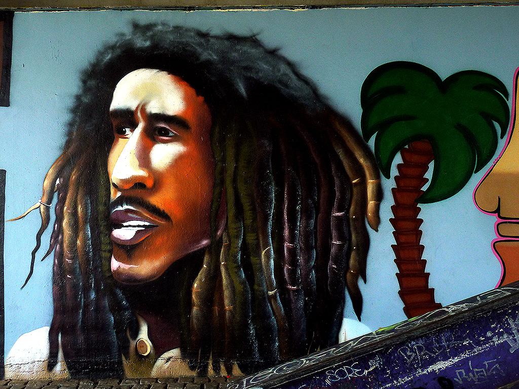 SNC Bob Marley Graffiti an der Friedensbrücke in Frankfurt
