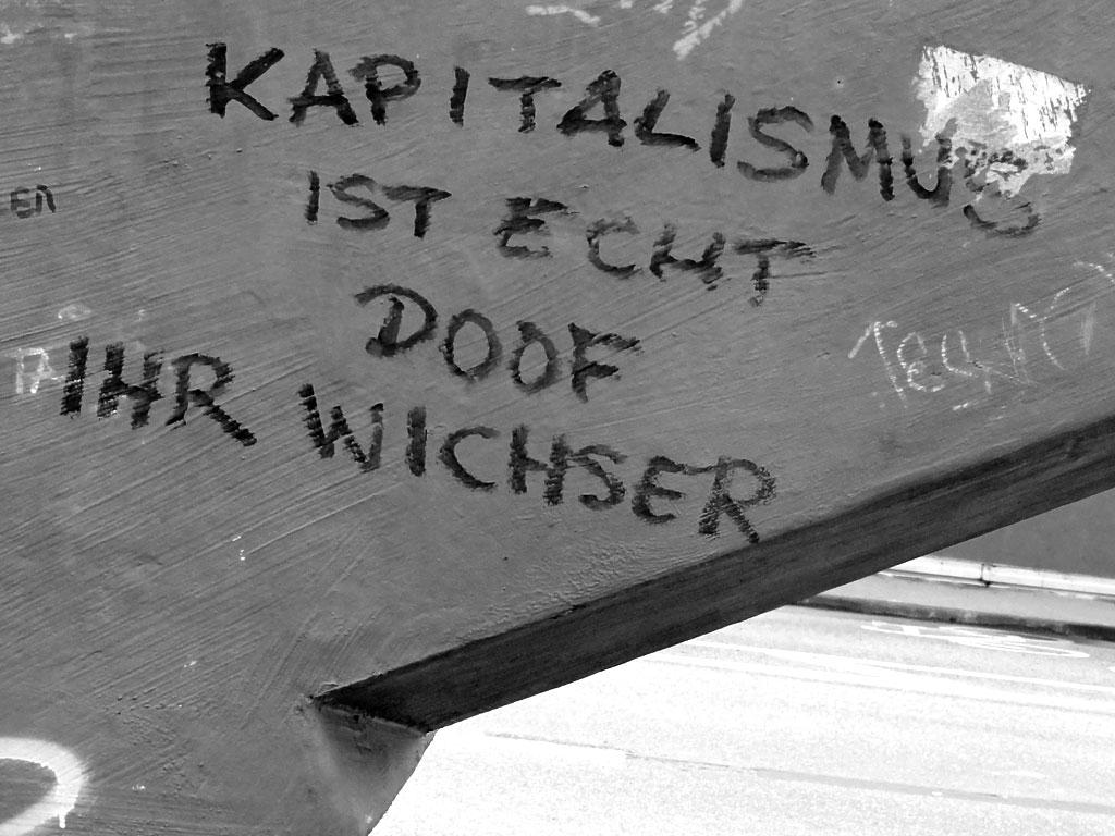 Streettalk in Frankfurt: Kapitalismus ist echt doof ihr Wichser
