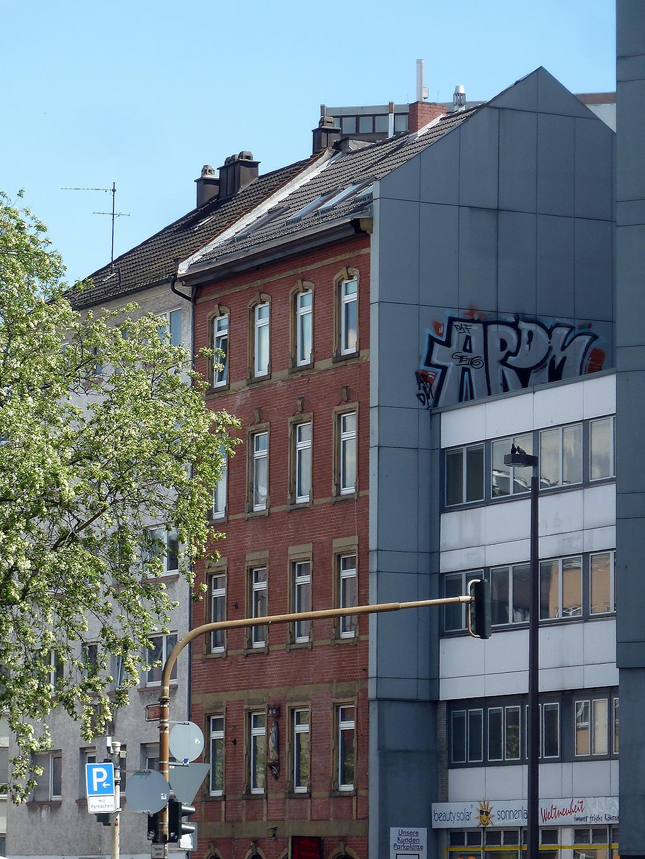 ARDM-Rooftop-Graffiti in Mainz