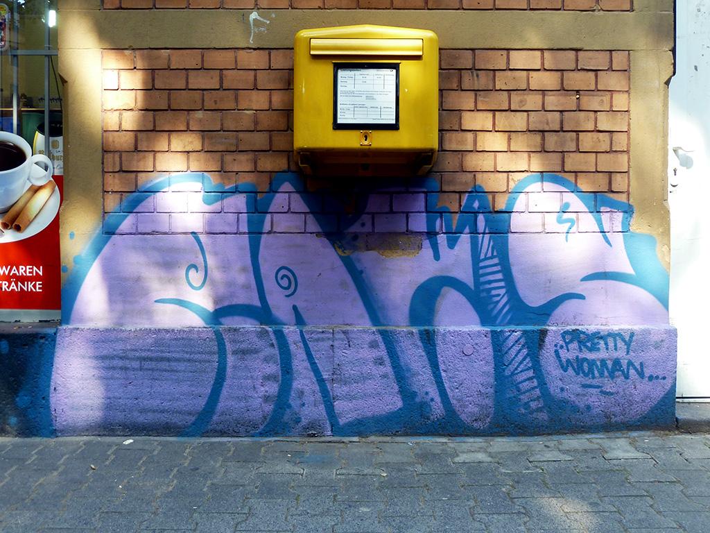 Ranis' Pretty Woman-Graffiti in Mainz