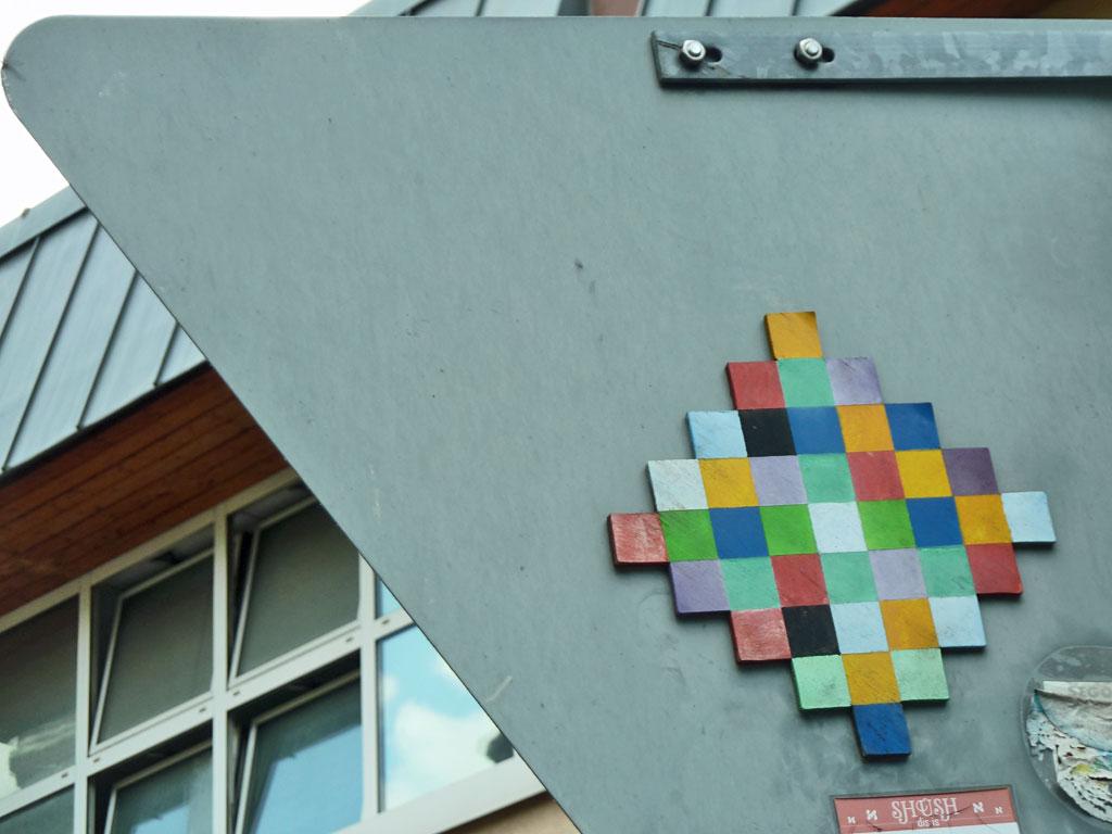Pixelmosaik-Streetart in Mainz