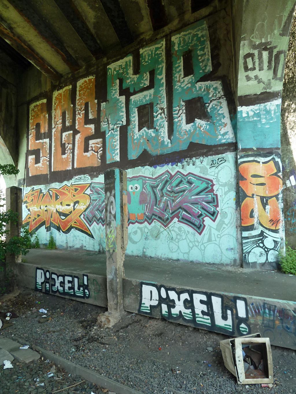 Graffiti von SGE und FAB