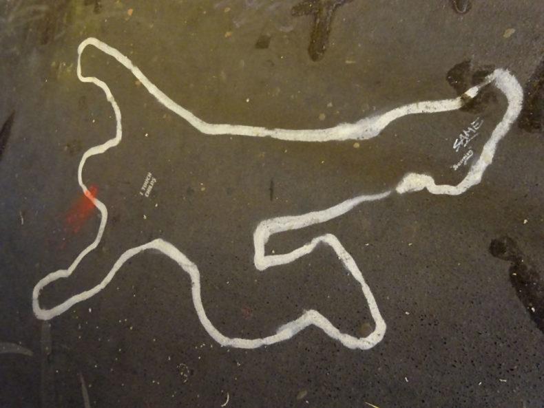 Tatort-Kreidezeichnung-Streetart in Wiesbaden