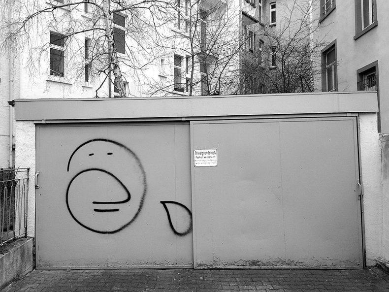 Shutter Art Graffiti in Frankfurt