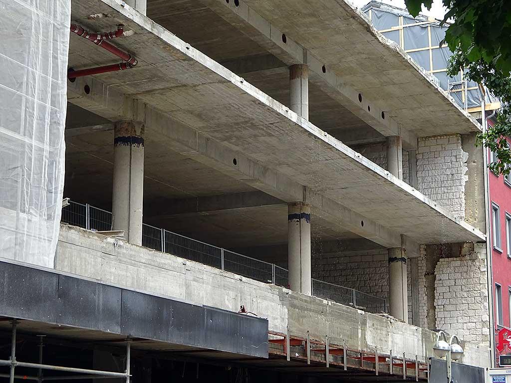 Satzrn-Baustelle in der Berger Straße