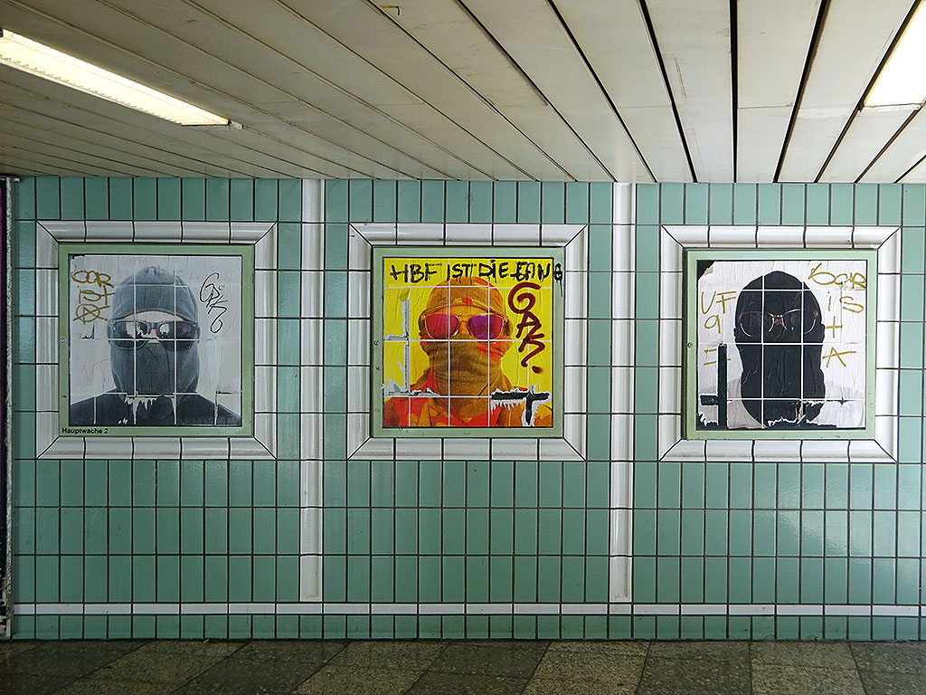 Streetart in Frankfurt: Framed Vandals