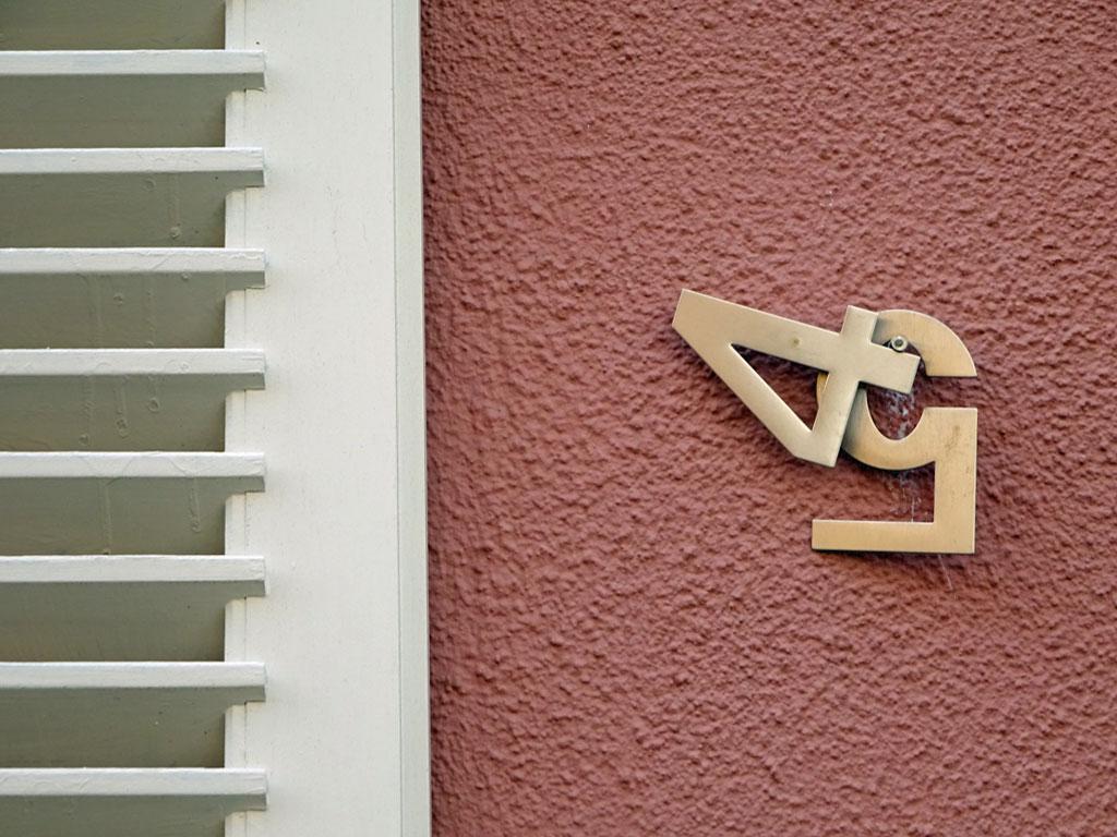 Hausnummer 45 oder Hausnummer 54