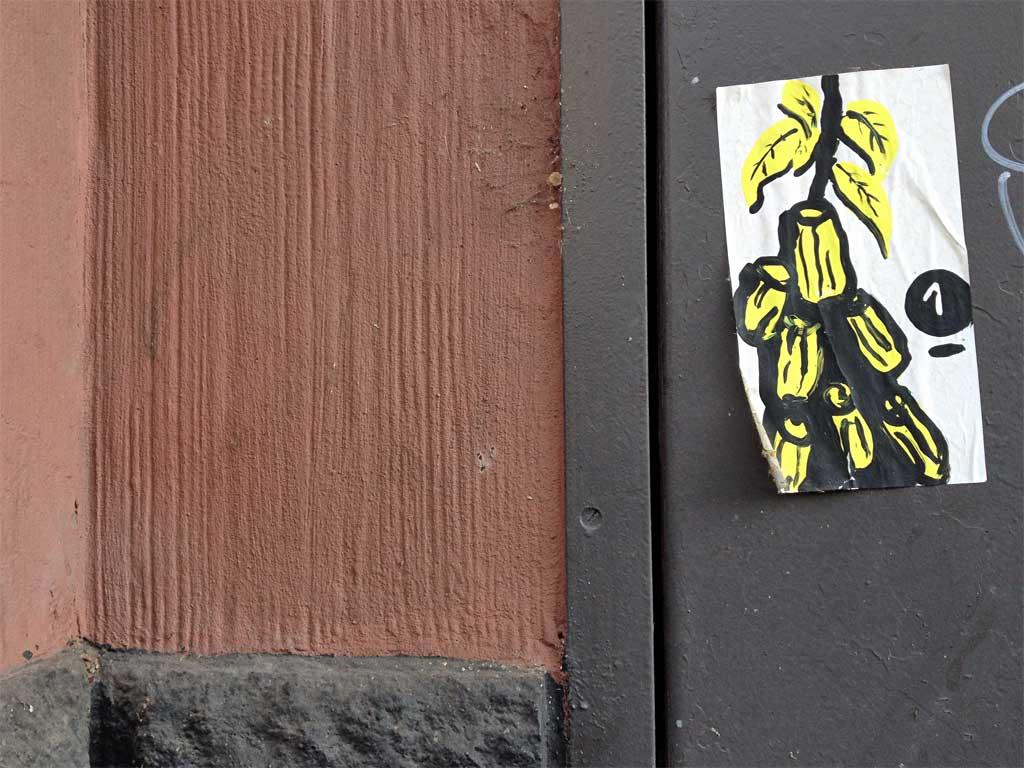 Street Art in Frankfurt von Treppe 1.OG - Bananenstaude (?)