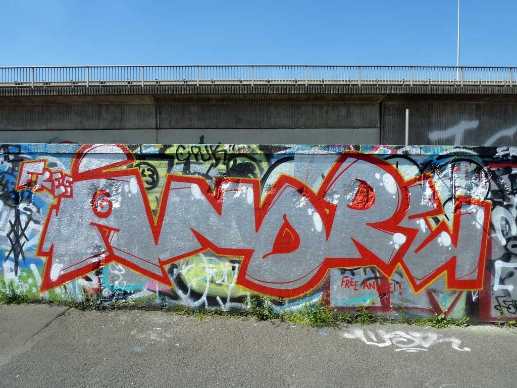 FREE ANDREI-Graffiti am Ratswegkreisel