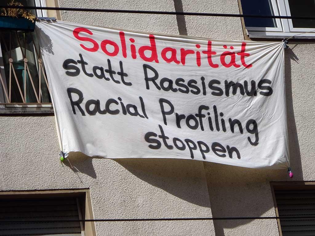 Solidarität statt Rassismus - Racial Profiling stoppen