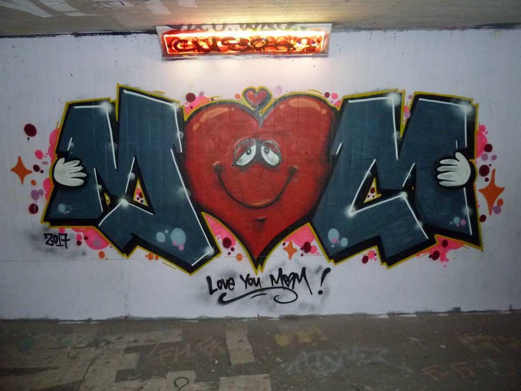 MOM-Graffiti am Ratswegkreisel