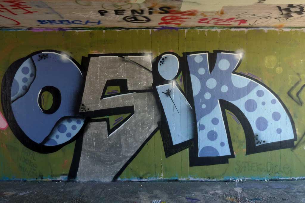 OSIK-Graffiti am Ratswegkreisel