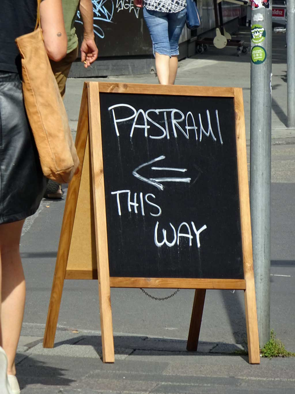 Frankfurt-Bahnhofsviertel: PASTRAMI This Way