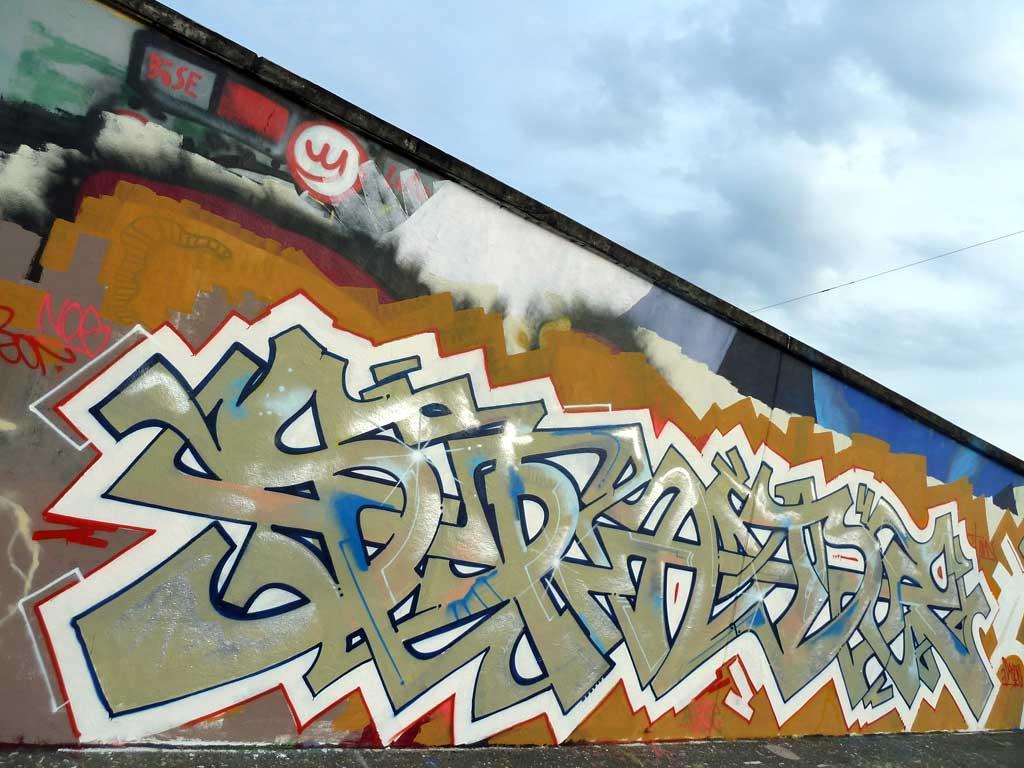 Spade - Graffiti in Frankfurt – Hall of Fame am Ratswegkreisel