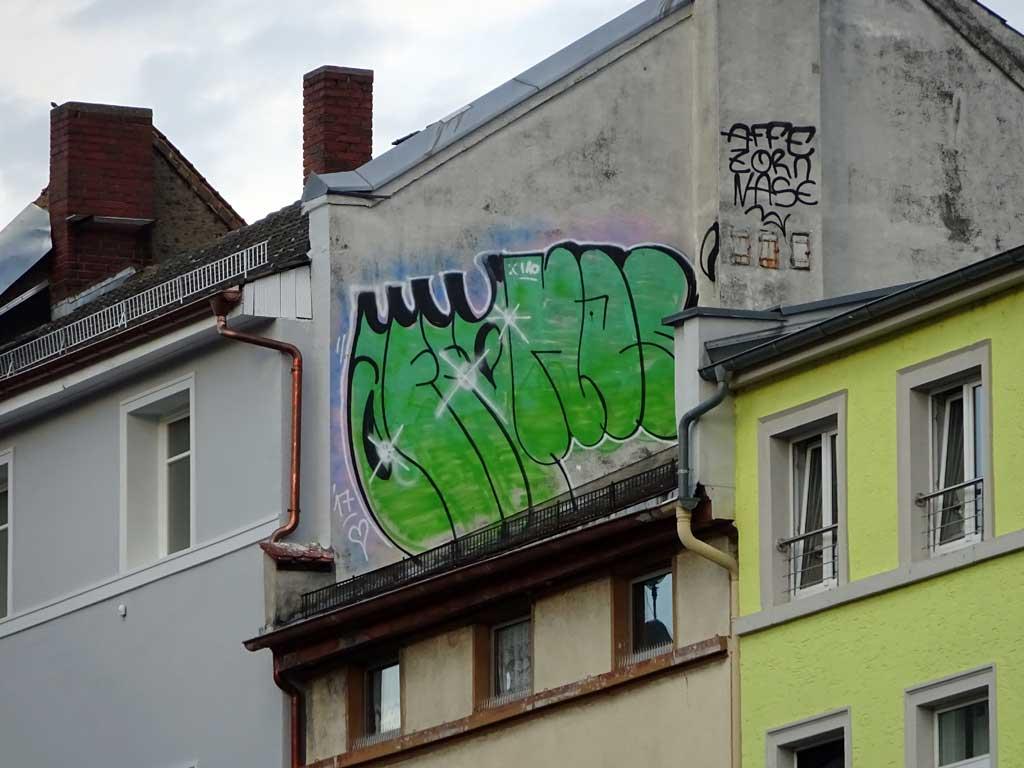 Rooftop-Graffiti in Frankfurt