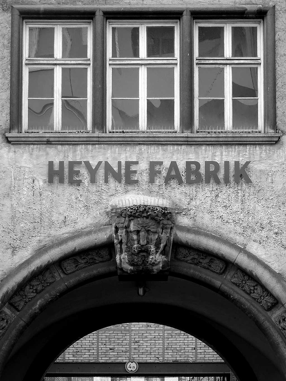 Offenbach schwarz-weiss-Fotografie: Heyne Fabrik in Offenbach
