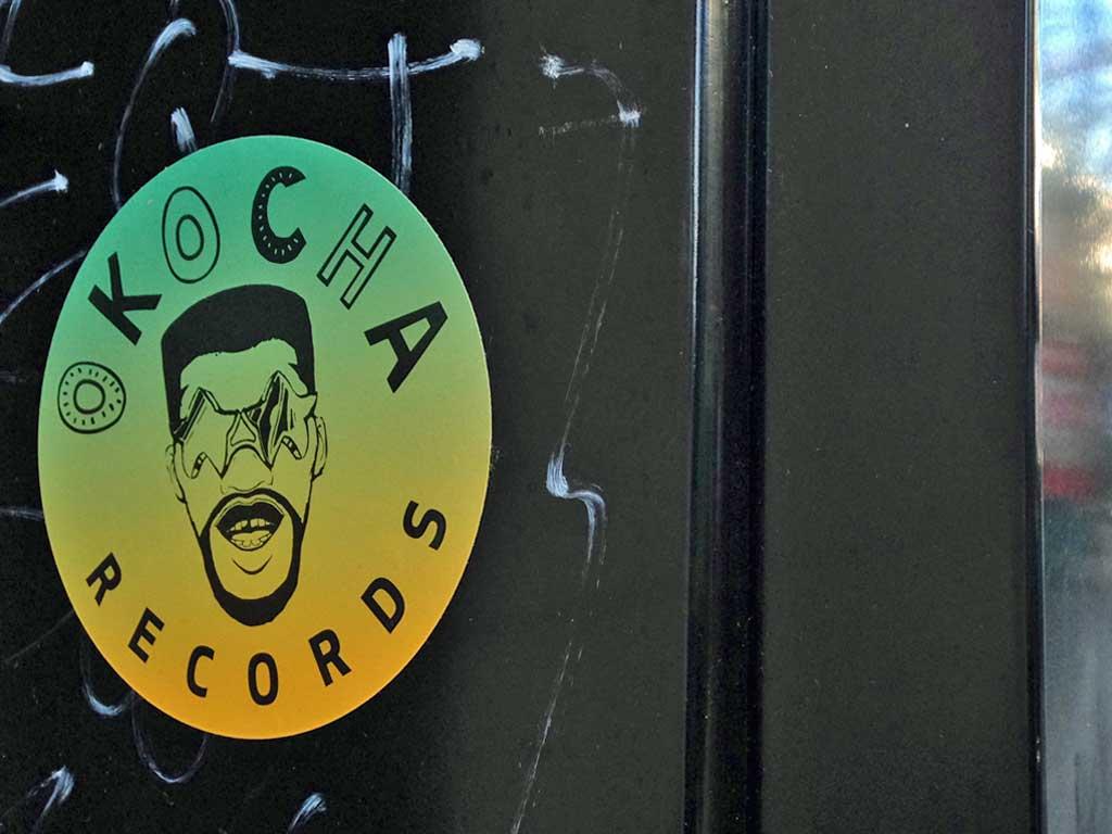Aufkleber in Frankfurt - Okocha Records