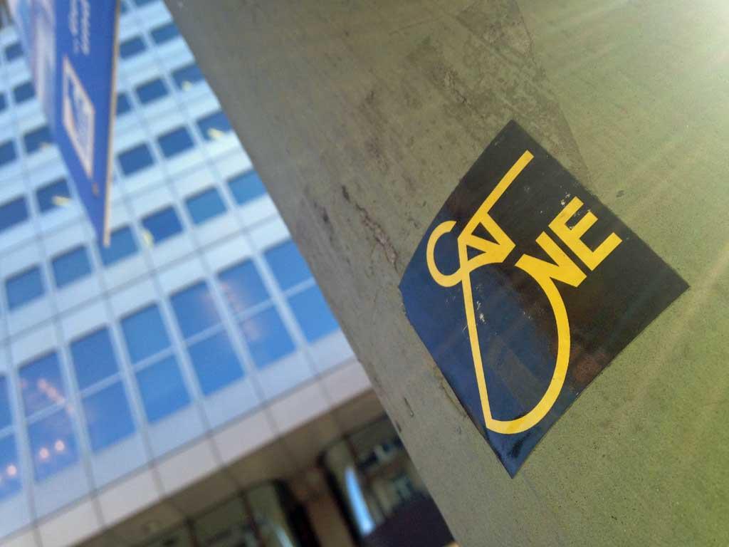 Aufkleber in Frankfurt - SatOne