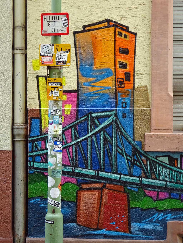 Eiserner Steg-Graffiti in Frankfurt-Sachsenhausen