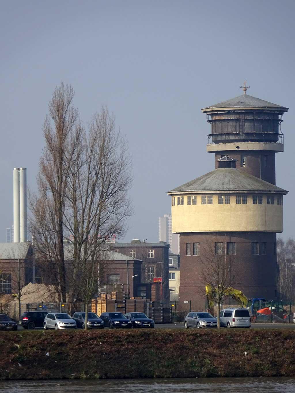 Industriegebiet Fechenheim.