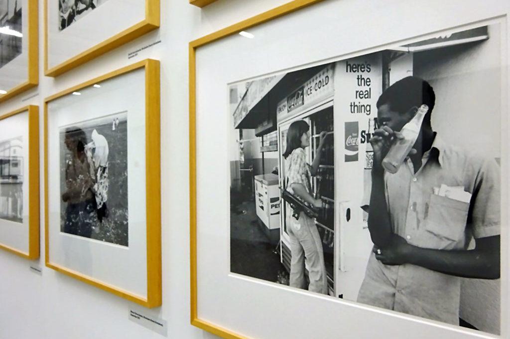 Das Museum für Moderne Kunst in Frankfurt (Dependance im Taunus Turm) zeigt die Ausstellung IMAGE PROFILE.