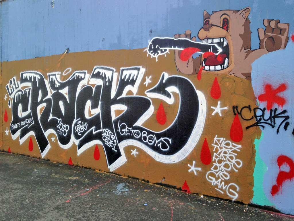 Lil Crack-Graffiti an der Hall of Fame am Ratswegkreisel