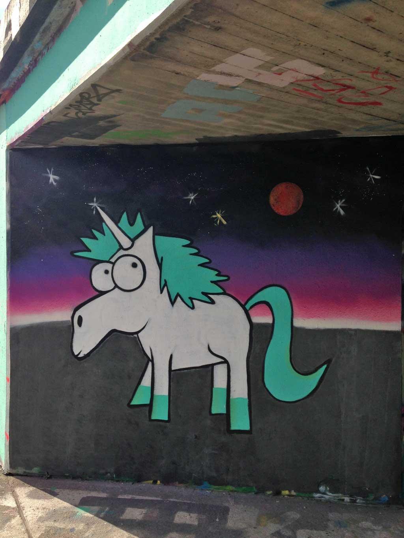 Einhorn-Graffiti an der Hall of Fame am Ratswegkreisel