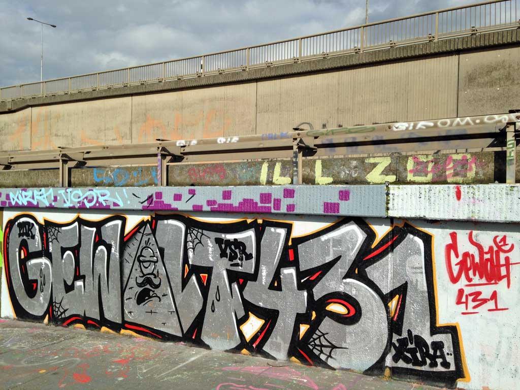 Gewalt 431-Graffiti an der Hall of Fame am Ratswegkreisel