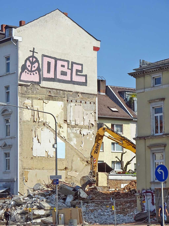 Abbrucharbeiten beim Café Wien in Frankfurt- Bornheim