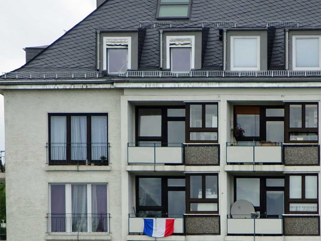 Fußball WM 2018 - Frankreich-Flagge in Frankfurt