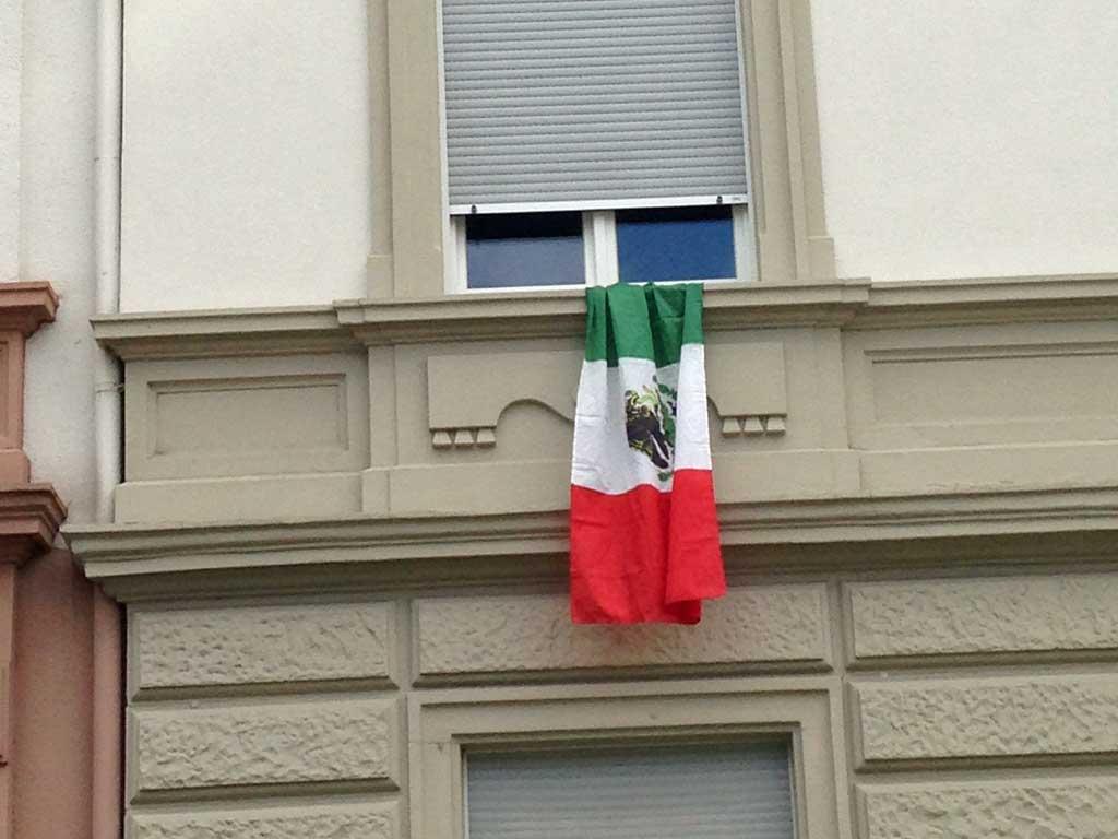 Fußball WM 2018 - Mexiko-Flagge in Frankfurt