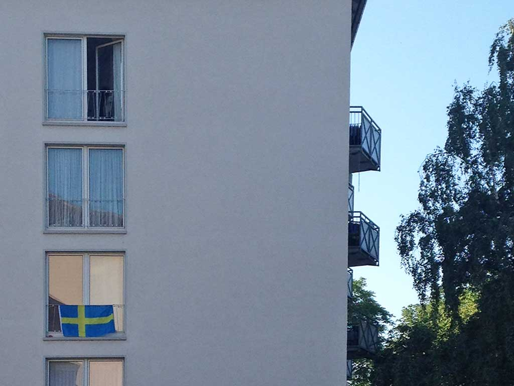 Fußball WM 2018 - Schweden-Flagge in Frankfurt