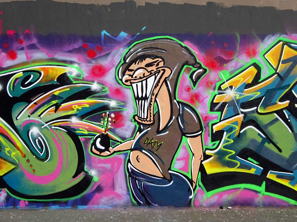 Shear'n'Stud-Graffiti bei der Hall of Fame in Frankfurt