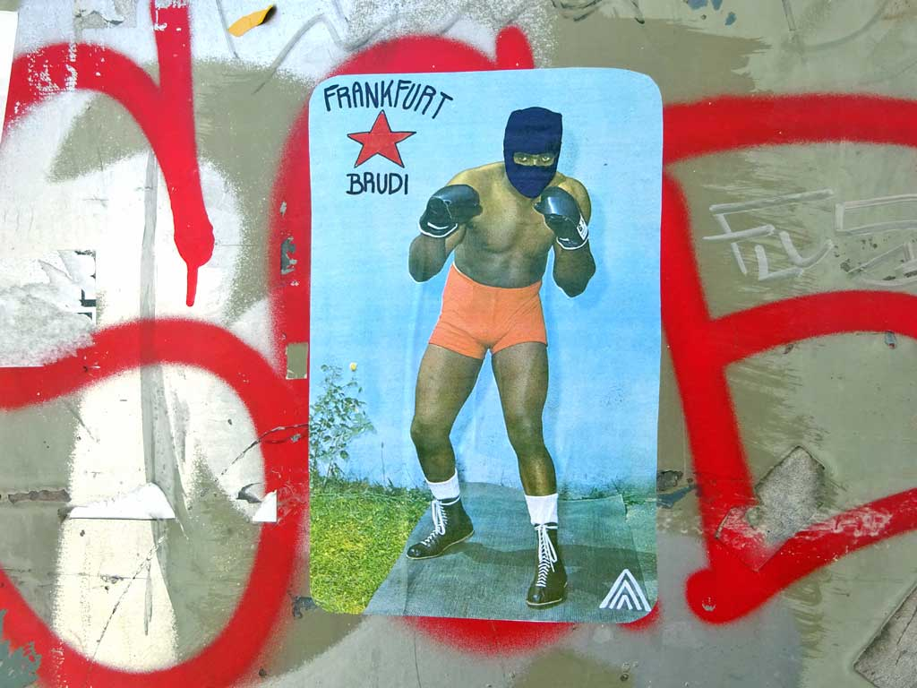"""Schwarzer Boxer mit """"Frankfurt Brudi""""-Text"""