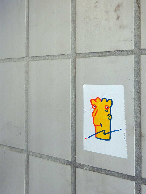 Streetart Frankfurt - Aufkleber mit Gesicht