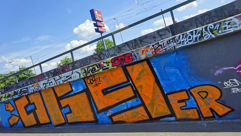 069er-Graffiti bei der Hall of Fame in Frankfurt