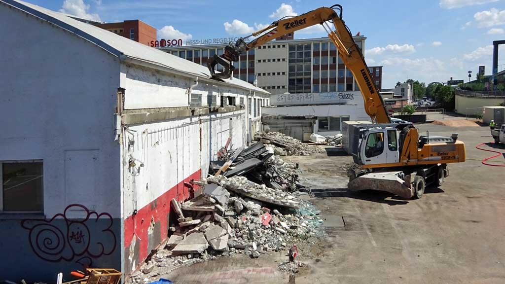 Abbrucharbeiten an der Hanauer Landstraße