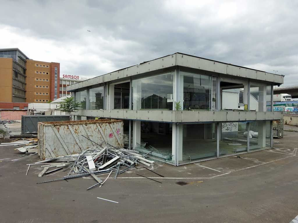 Abbrucharbeiten am Ratswegkreisel in Frankfurt