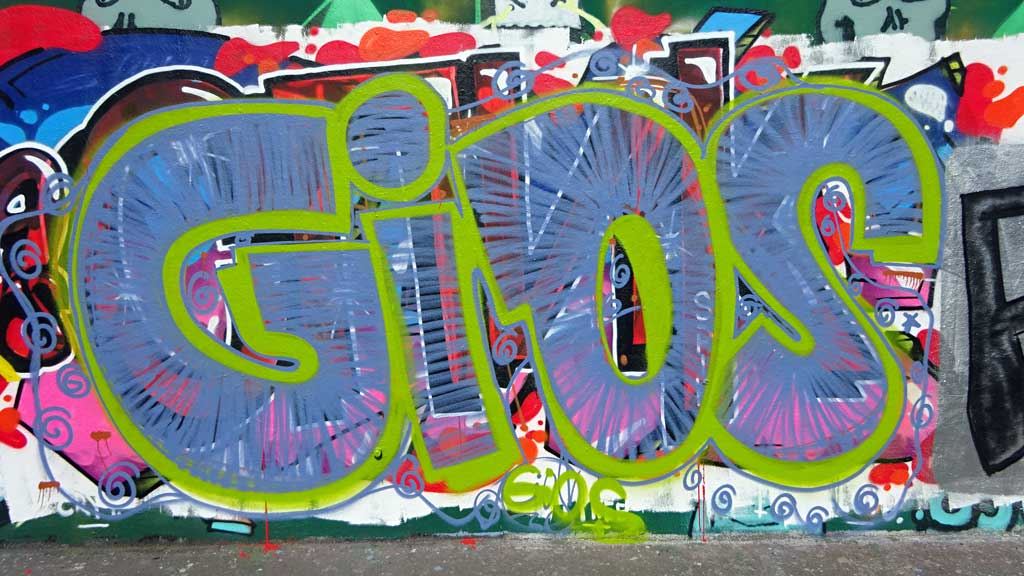 Gios-Graffiti bei der Hall of Fame in Frankfurt