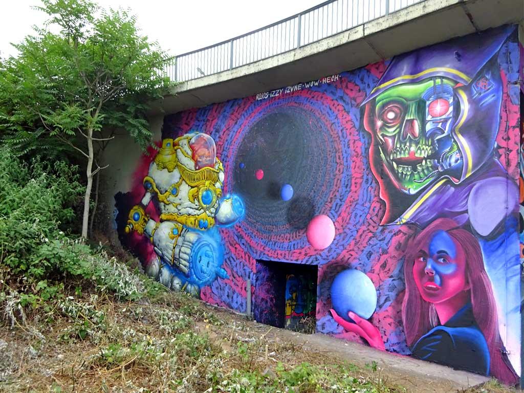 Meeting Of Styles 2018 Wiesbaden - Mural by Hech - Izvne, Molina - Raios