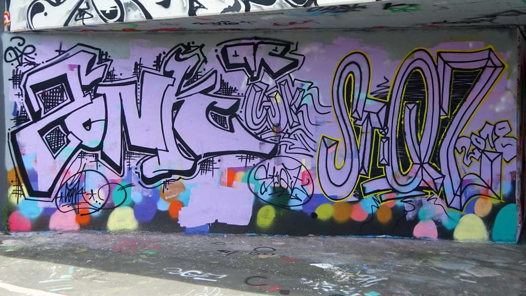 Graffiti bei der Hall of Fame in Frankfurt am Main