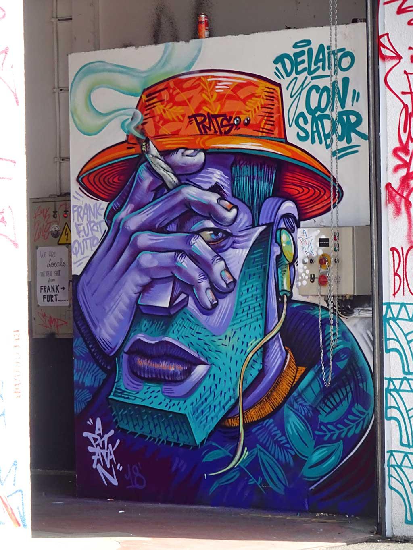 Apitatan - Streetart beim Blend Festival in Frankfurt