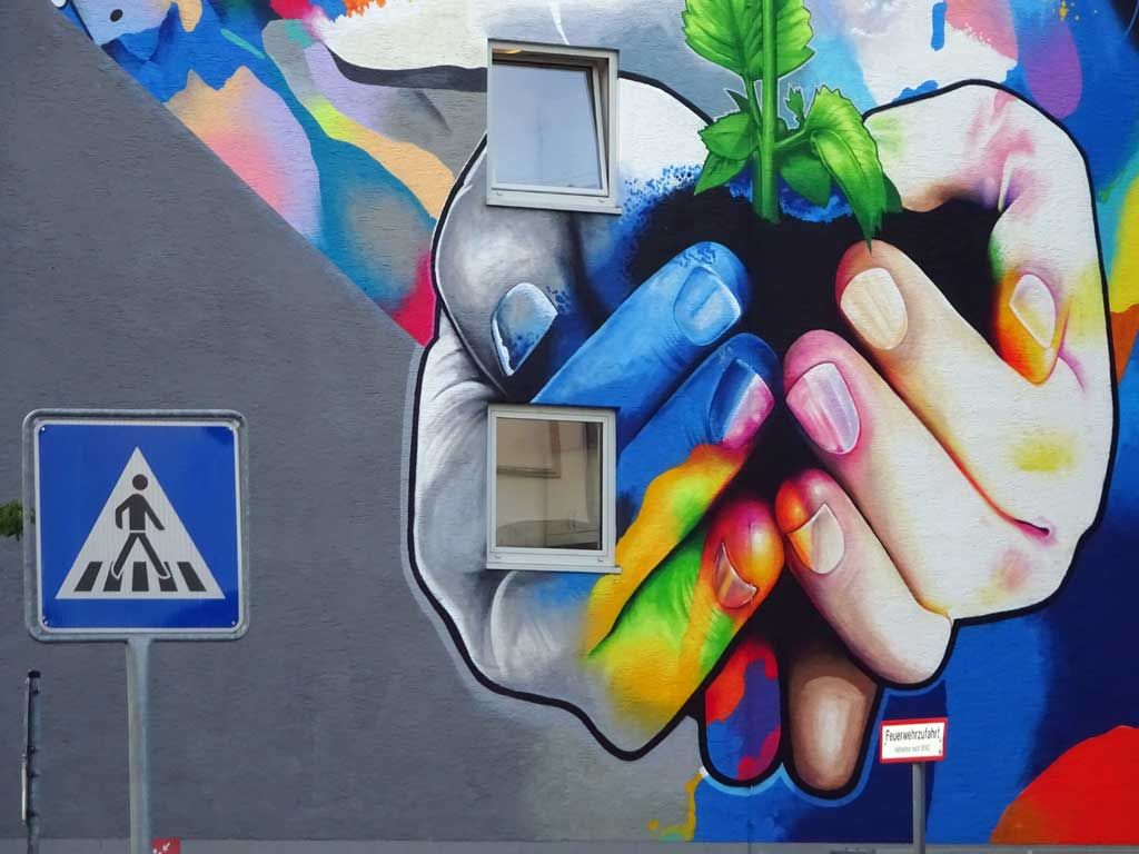 Cor - Let your life grow - Mural in Frankfurt am Main
