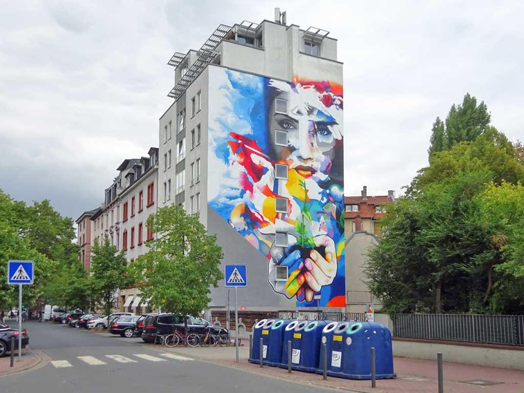 Cor - Let your life grow - Streetart in Frankfurt