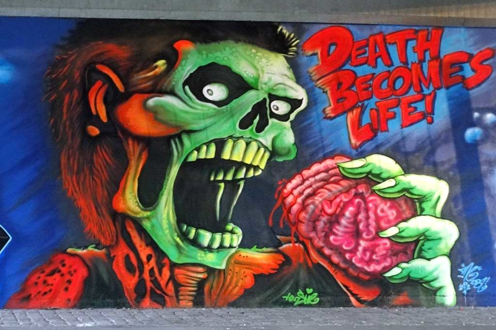 Graffiti in Frankfurt - Death becomes life!