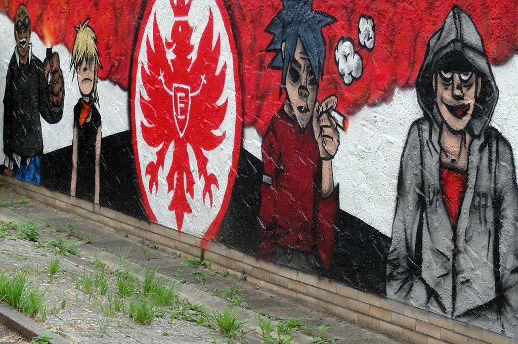 "Graffiti-Wandbilld ""Eintracht Frankfurt x Gorillaz"""