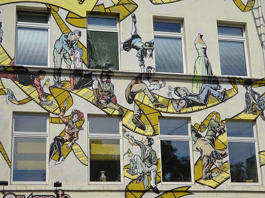 Hausfassaden-Kunst in Frankfurt - Die Geschichte der Maßschneiderhandwerks