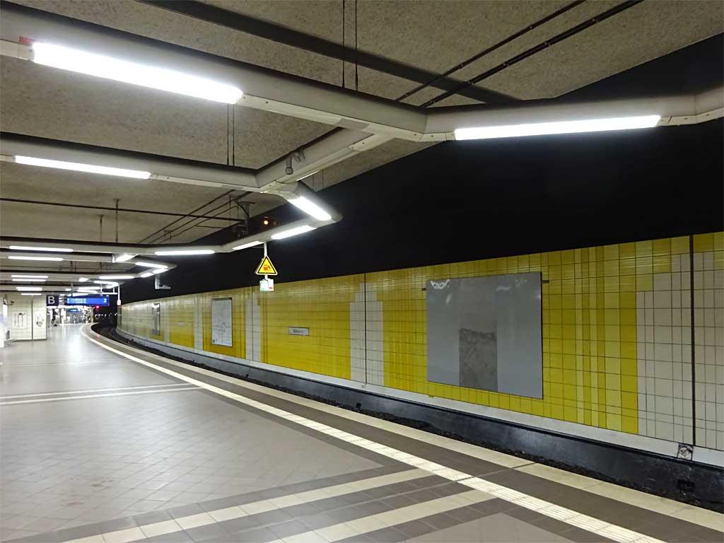 Graffiti in der S-Bahn-Station Mühlberg wurde entfernt