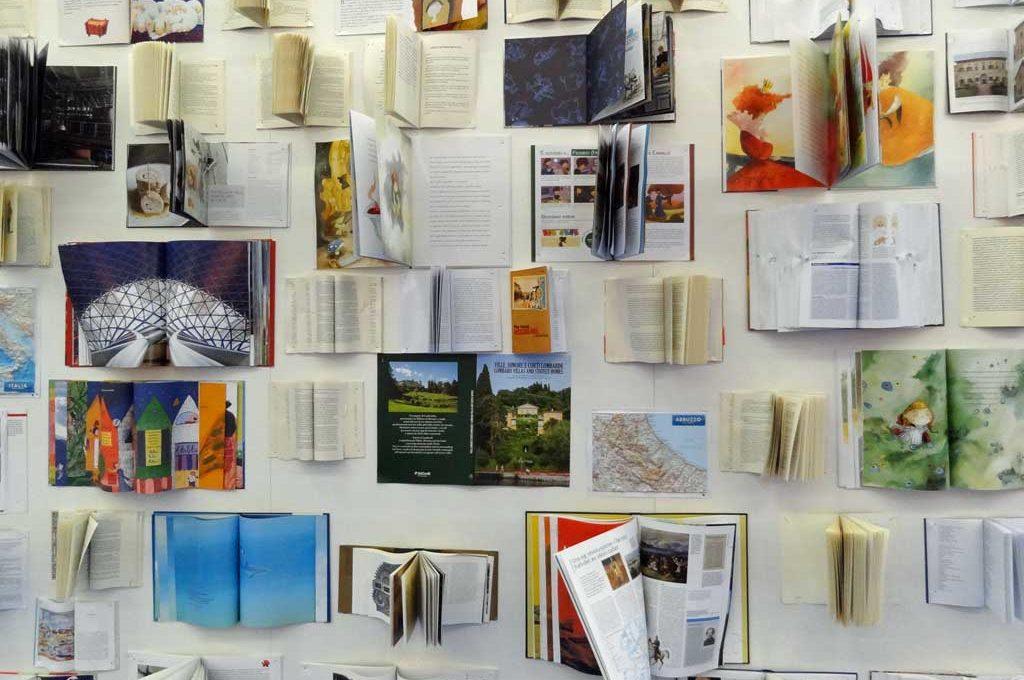 Bücherwand auf der Frankfurter Buchmesse 2016