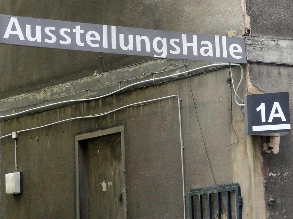 Die AusstellungsHalle 1A in Frankfurt-Sachsenhausen